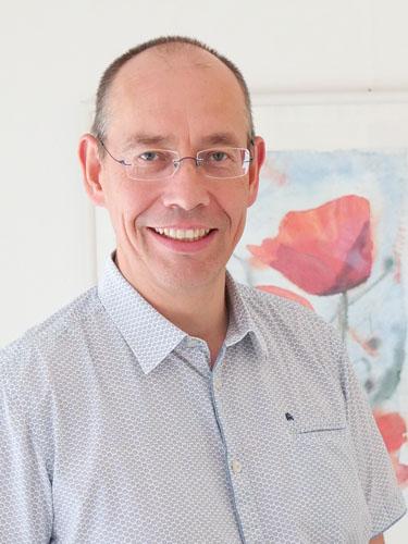 Dr. Oliver Lange - Internist